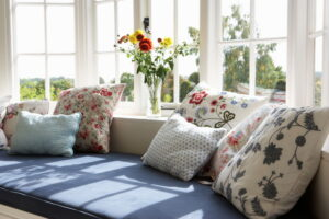 window-seat-in-modern-home